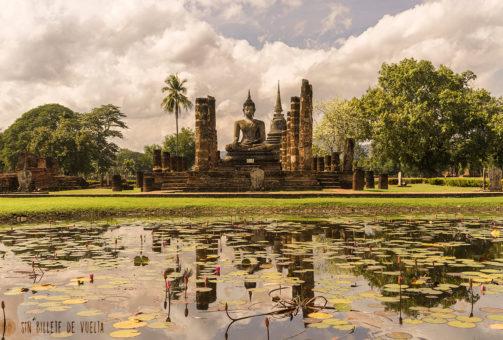 Ruta centro de Tailandia: Perdidos entre los templos más antiguos del país